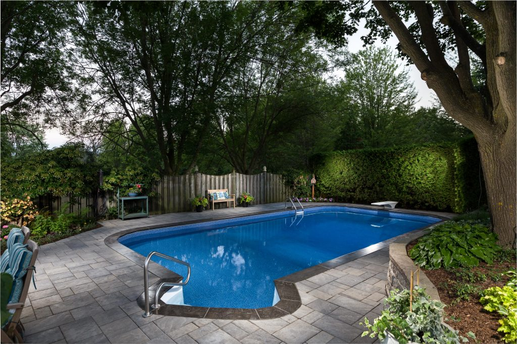 Award Winning Bedley Whitby Vinyl Pool Renovation